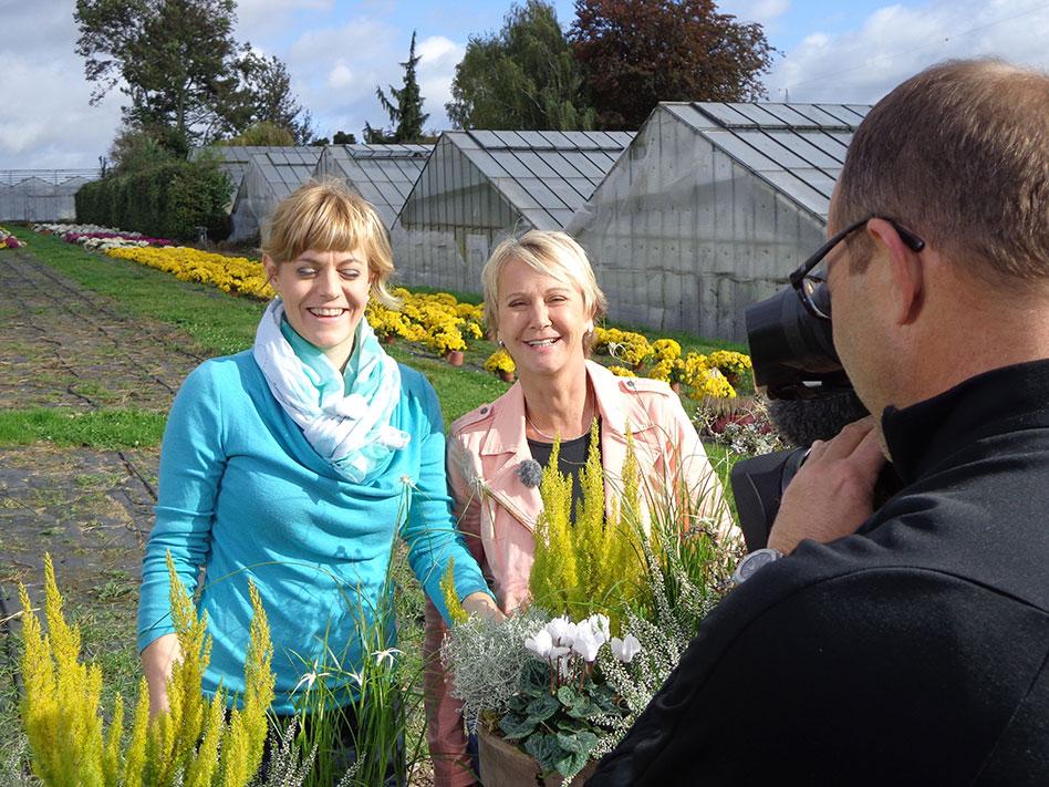 grünzeug-Dreh Andrea Müller und Julia Bürkle in der Gärtnerei Bürkle in Remseck, Oktober 2013