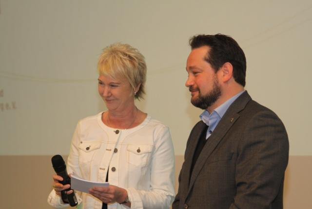 Andrea Müller Moderation mit Minister Alexander Bonde bei der Jahreshauptversammlung des Garten- und Landschaftsbauverbandes, Kongresshaus Baden-Baden, März 2016
