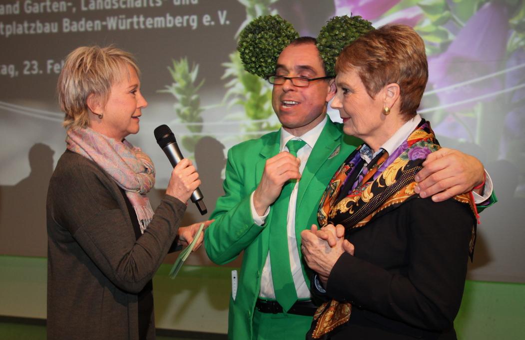 Moderation der Mitgliederversammlung des Gartenbauverbandes, Februar 2018 im Kongresshaus Baden-Baden mit Staatssekretärin Friedlinde Gurr-Hirsch und Comedian Georg Schweitzer