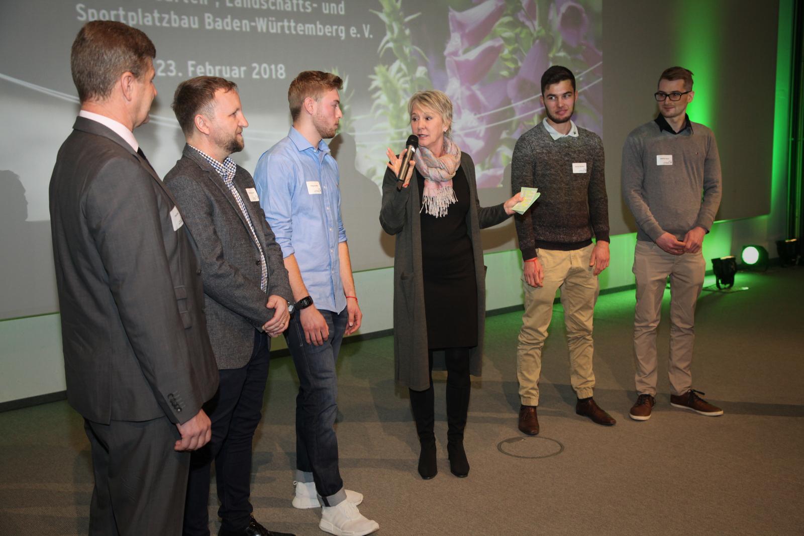 Moderation der Mitgliederversammlung des Gartenbauverbandes, Februar 2018 im Kongresshaus Baden-Baden bei der Ehrung der erfolgreichsten Nachwuchs-Landschaftsgärtner