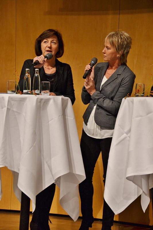 Moderation Jubiläumsveranstaltung ''75 Jahre Gartenfreunde Stuttgart'', im Gespräch mit Waltraud Ulshöfer, Oktober 2016 Andrea Müller