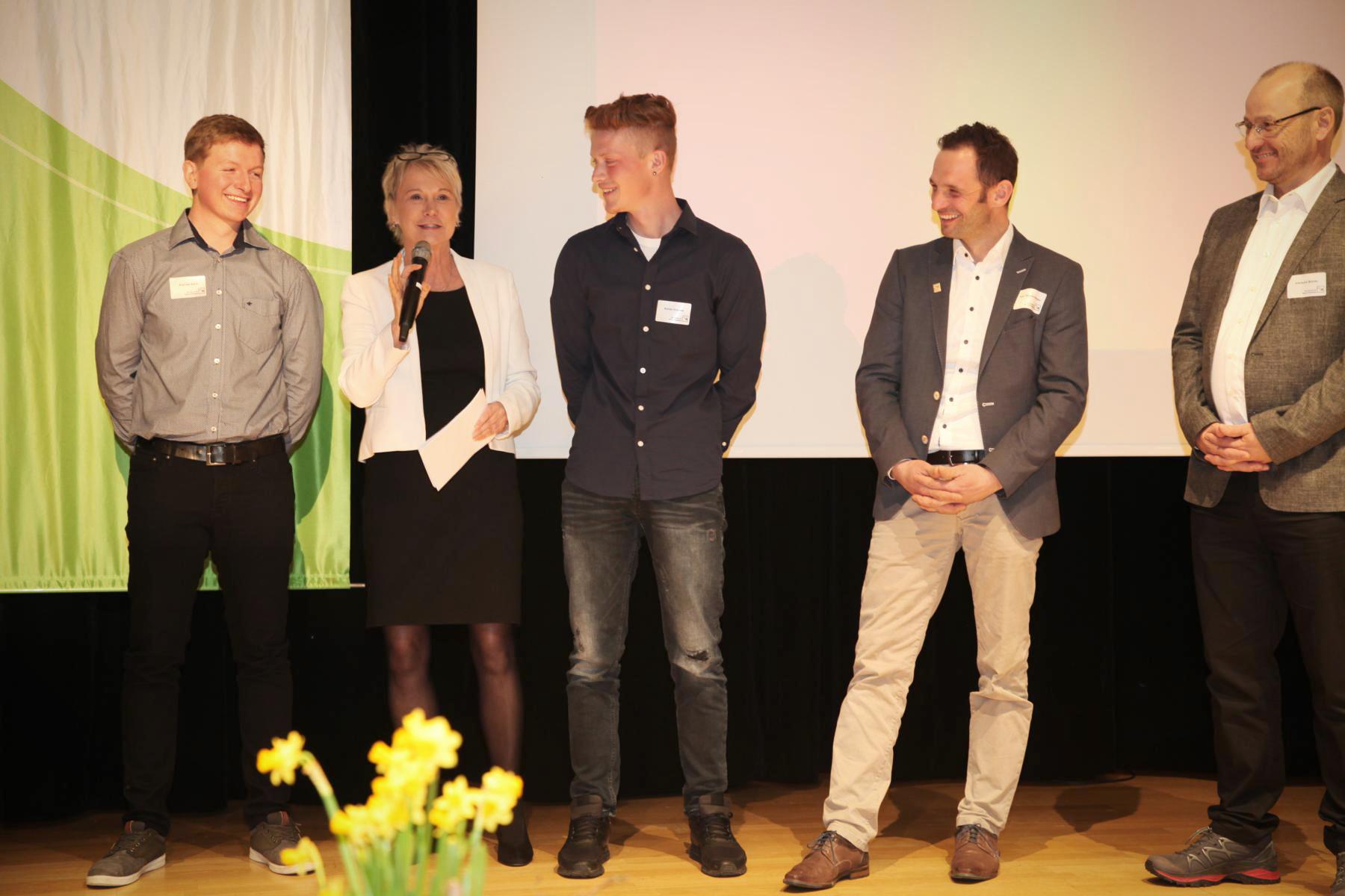 Moderation der Mitgliederversammlung des Gartenbauverbandes, März 2019 in der Harmonie Heilbronn bei der Ehrung der erfolgreichsten Nachwuchs-Landschaftsgärtner
